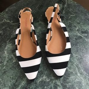 NWOT Black and white striped sling back flats 8.5